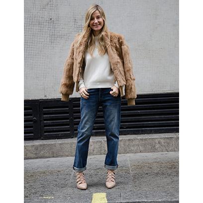 oonagh brennnan wearing boyfriend jeans fashion redonline