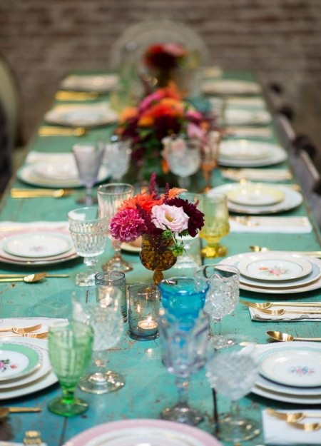 how to style up your dinner party table dinner party table setting ideas interiors easy to. Black Bedroom Furniture Sets. Home Design Ideas