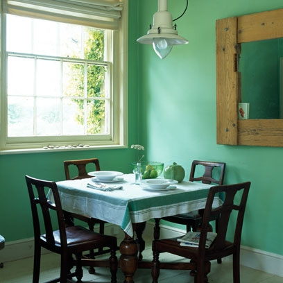 Bold colour dining room red online for Bold dining room colors