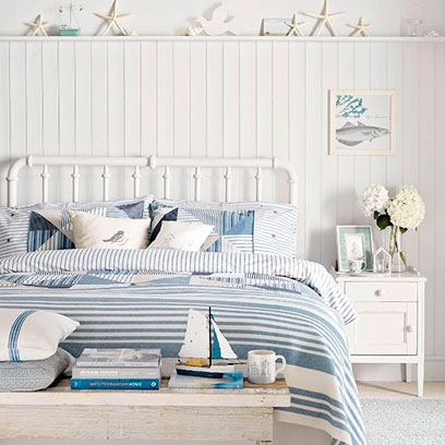 All white bedrooms bedroom colour scheme ideas for Blue beach bedroom ideas