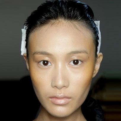 how to get defined cheekbones