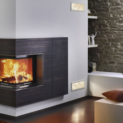 Fireplaces red online for Contemporary corner fireplace designs