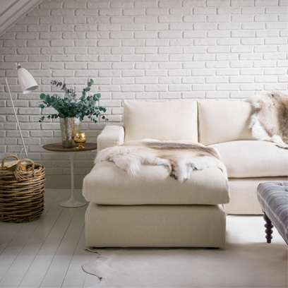 All white living rooms decorating ideas red online for Brick wallpaper living room ideas