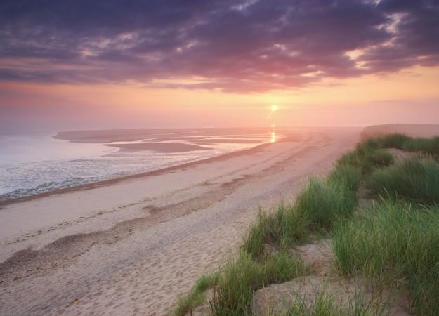Best British Beaches | UK travel tips - Red Online Orlando Bloom Paddle
