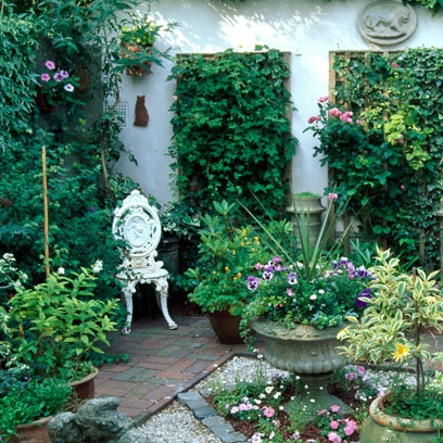Best courtyard ideas decorating ideas interiors red online for Courtyard garden ideas