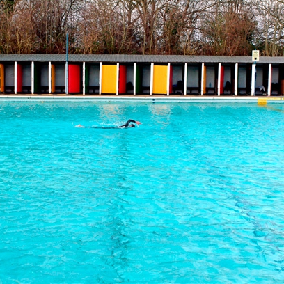Best lidos in the uk outdoor swimming pools red online for Tooting bec lido swimming pool