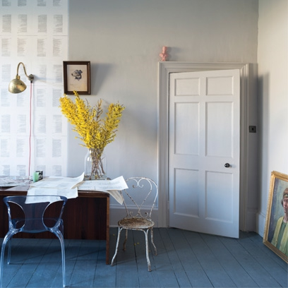 Decorating with grey best grey room inspiration red online sisterspd