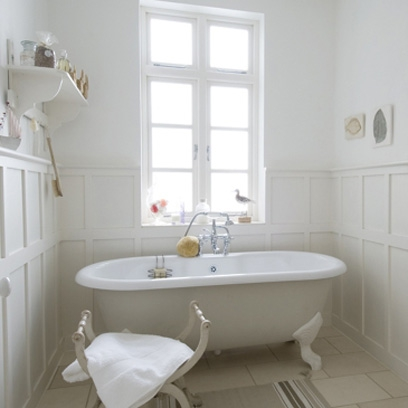 Country bathrooms bathroom design ideas red online for Country style bathroom ideas