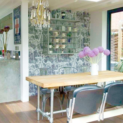 Contemporary dining room ideas i styling ideas red online for Dining room wallpaper ideas uk