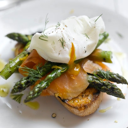Asparagus smoked salmon and poached eggs red online ingredients forumfinder Image collections