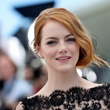 Celebrity Style: Emma Stone