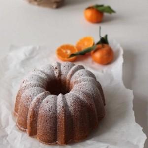 April Carter's clementine bundt cake
