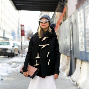 How to Wear Sunglasses in Winter