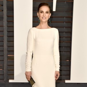 Glitz off the red carpet at the Vanity Fair Oscars Party