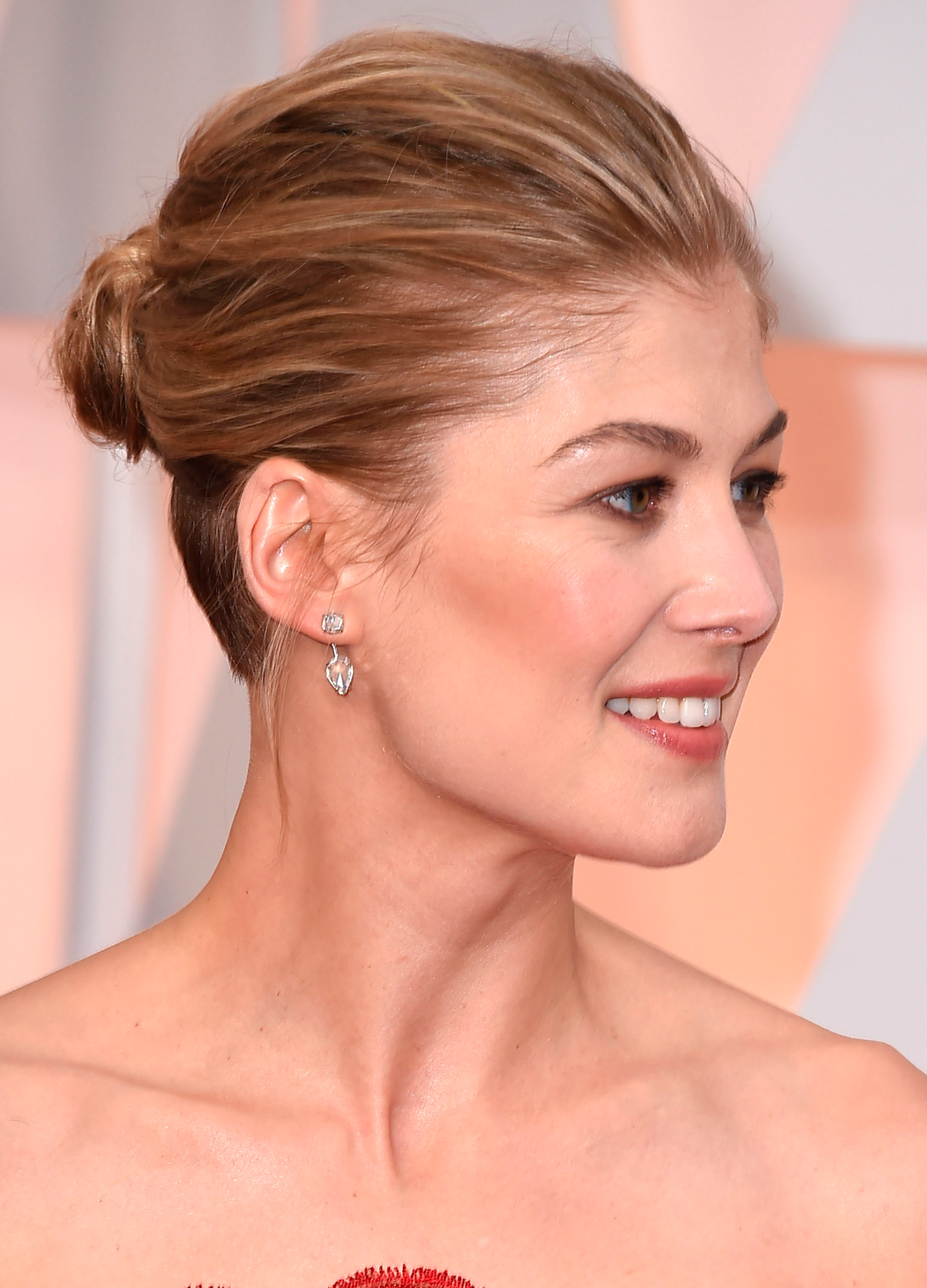 Celebrity Hair How-Tos for Wedding Hair and More | Shape ...