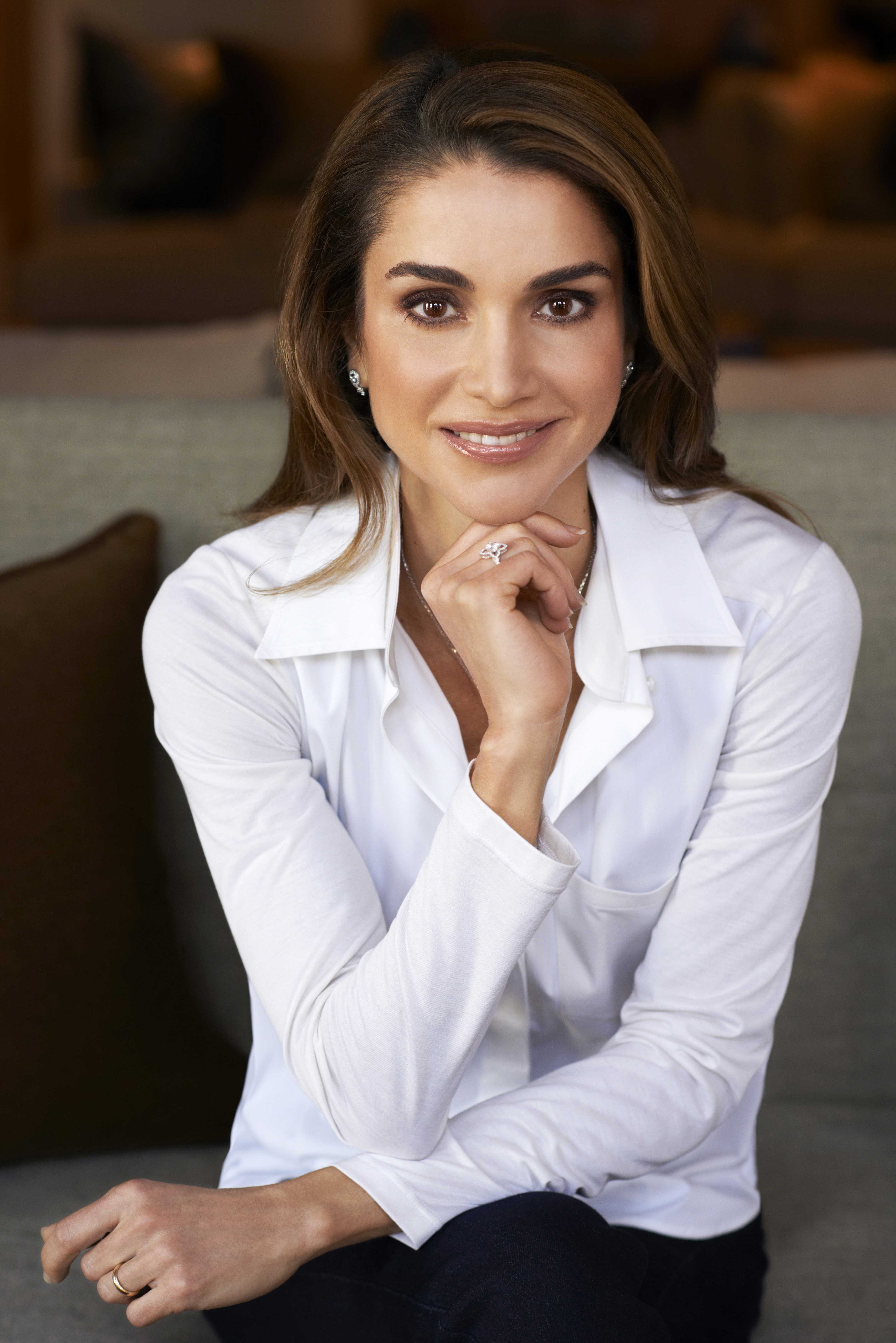 Queen Rania Of Jordan Talks Battling Isis On Twitter