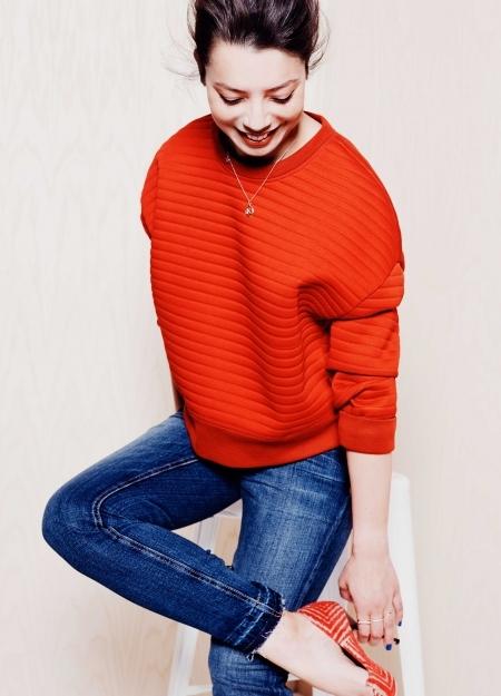 Red / Colette De Barros