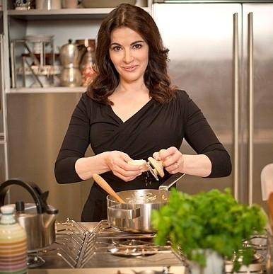 7 reasons Nigella Lawson is the queen of food