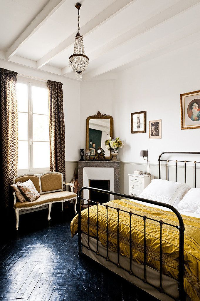 parisian bedroom.  of a Parisian and the way they decorate their homes is no different Here s how to recreate that certain je ne sais quois for bedroom Oui please How your like Bedroom decorating