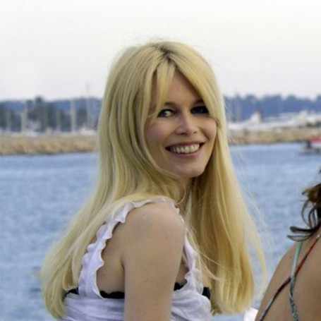 Claudia Schiffer's holiday beauty products