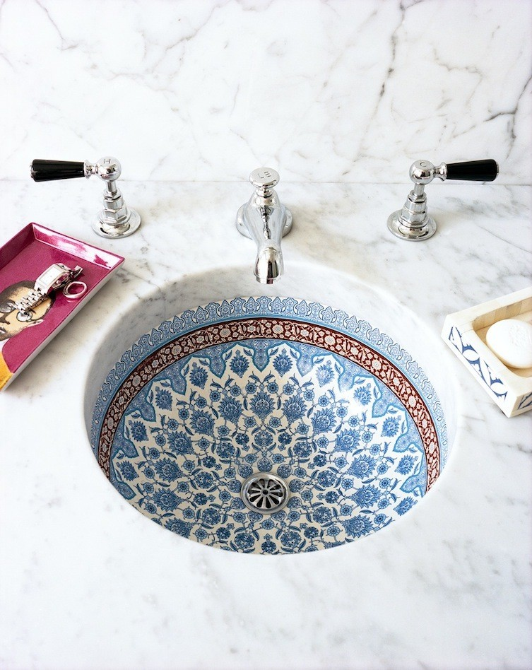 How To Give Your Bathroom A Splash Of Moroccan | Interiors | Decorating  Ideas | Red Online   Red Online