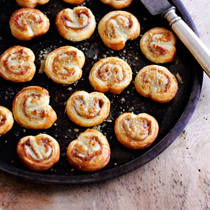 Parma ham and parmesan palmiers easy canap recipes for Cheese canape ideas