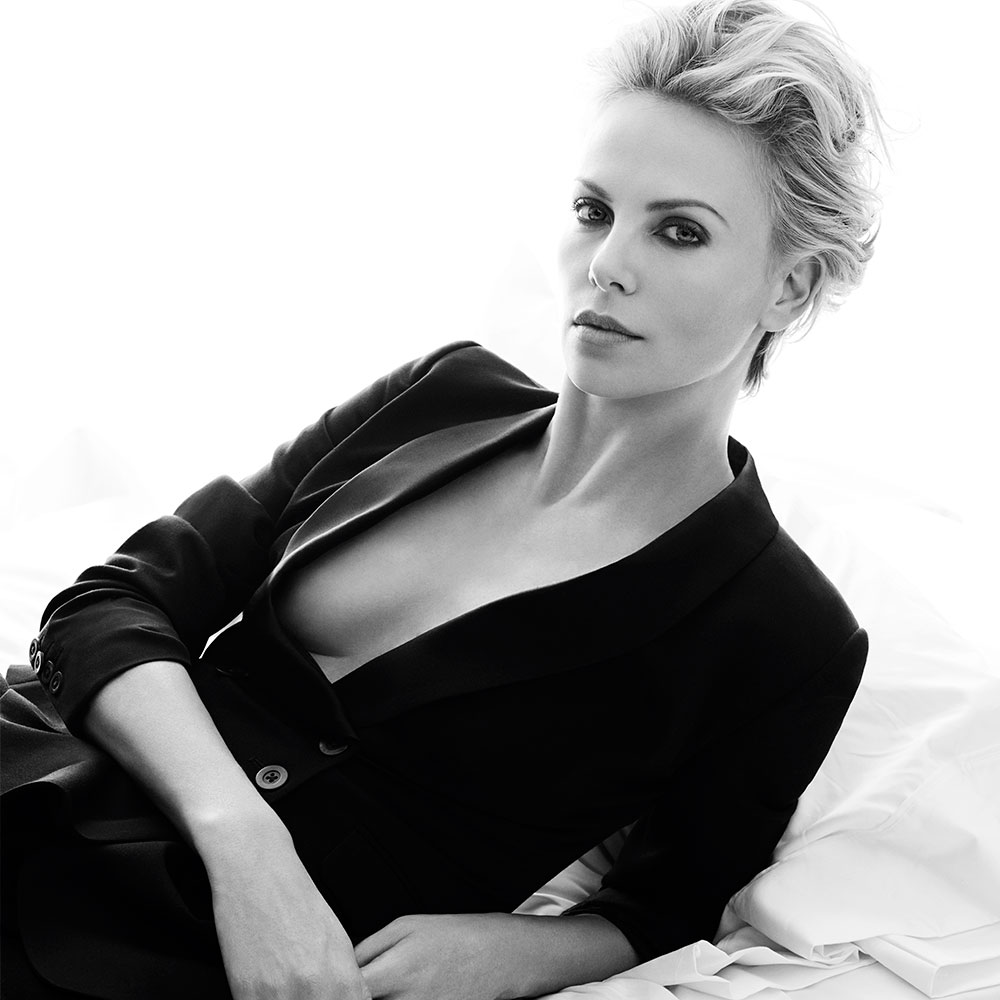 Charlize Theron's Beauty Must-Haves | Celebrity Beauty ... Charlize Theron