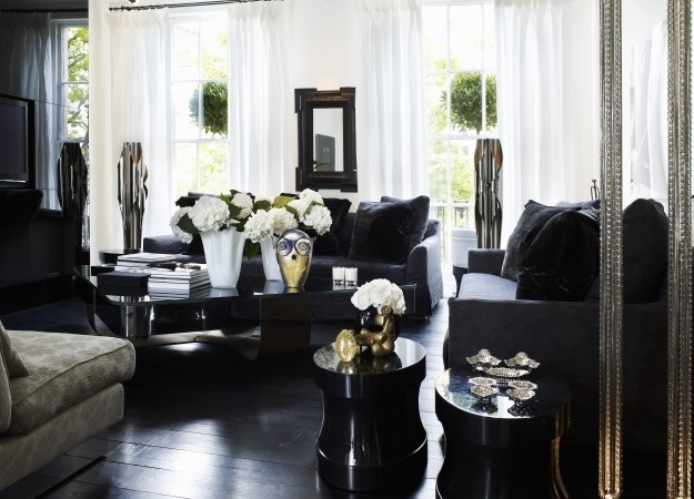 How interior designers decorate their own homes kelly - Kelly hoppen living room interiors ...