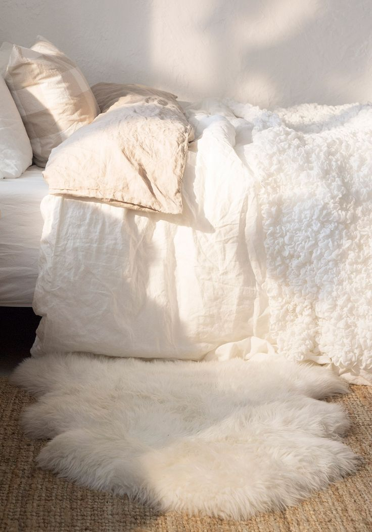 How to rock a faux fur rug in your home interiors for White fur bedroom