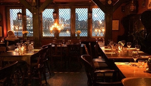 11 cosy bars and pubs in London to warm up in this winter | Pubs in London - Red Online
