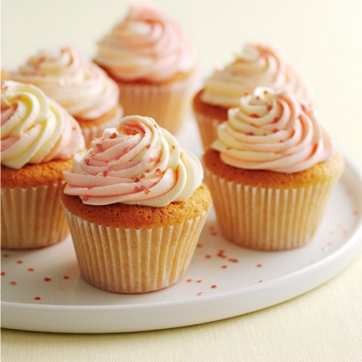 how to make 12 vanilla cupcakes
