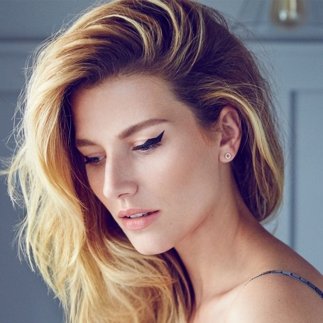 how to make unwashed hair look glamorous   red online