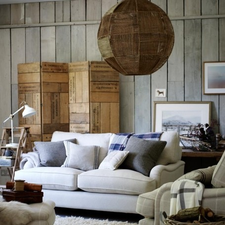 Clever Updates for a Chicer Living Room