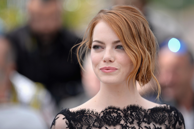 Emma Stone In Talks To Play Cruella De VIl Disney 101