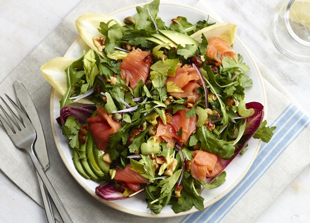 How to make the sirtfood diets salmon super salad health and self hannah hughes forumfinder Images