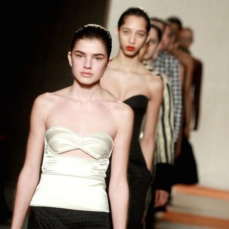 Victoria Beckham New York Fashion Week show report Autumn Winter 2016