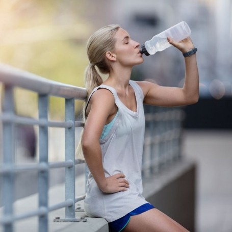 6 things that happen to the body without enough water