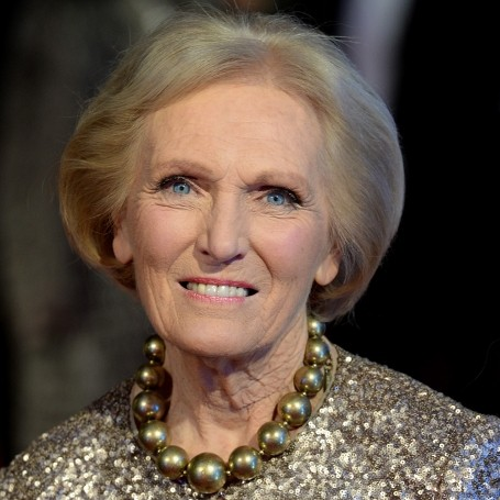Mary Berry no longer follows a 'traditional' Victoria sponge recipe