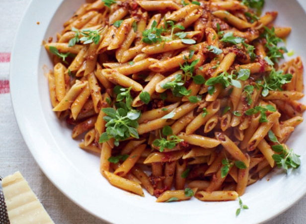 Jools olivers pregnant pasta recipe by jamie oliver comfort jools olivers pregnant pasta recipe by jamie oliver comfort food recipes red online forumfinder Choice Image