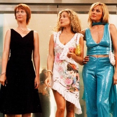 Our new favourite Instagram is documenting every single SATC outfit