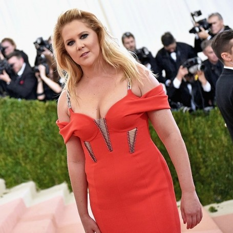 Amy Schumer responds to that Gilmore Girls trailer