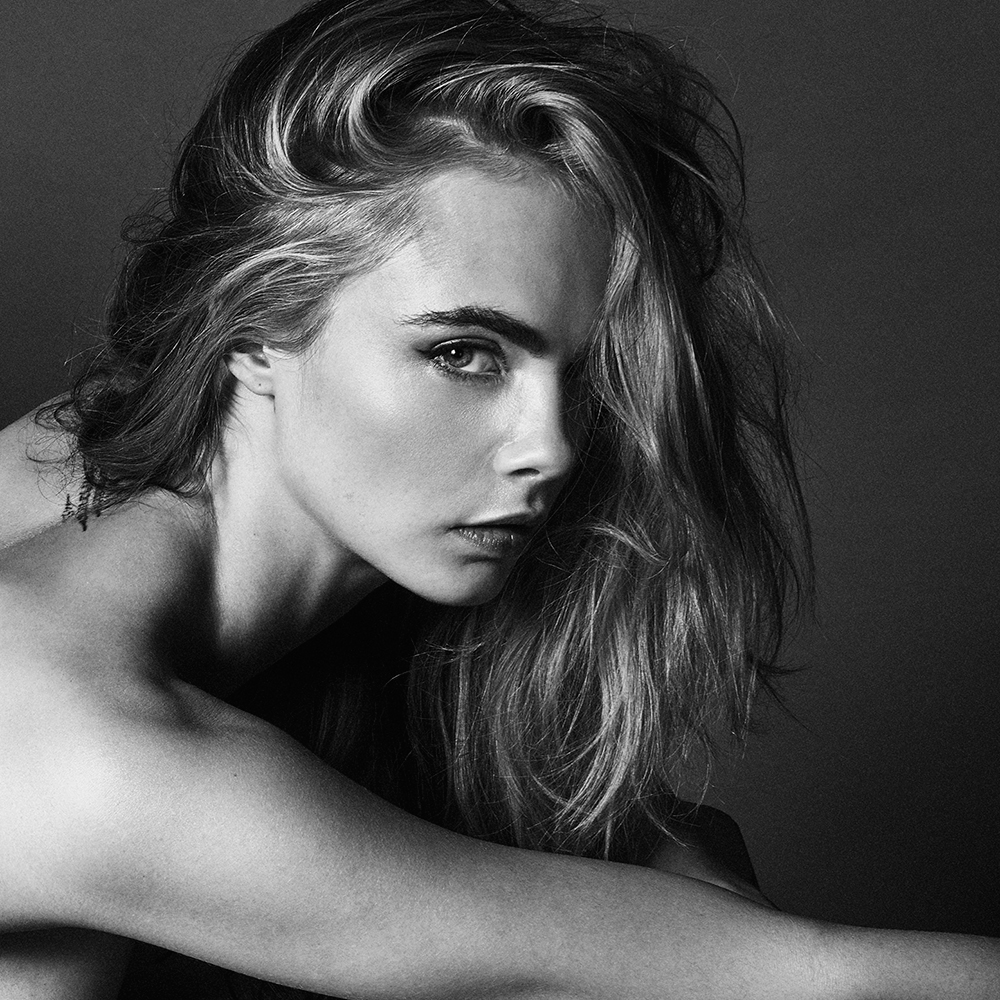 Cara Delevingne S Talks Openly About Her Struggle With