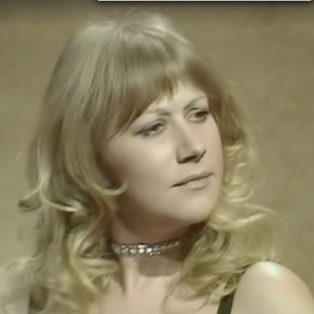 Watch a vintage clip of Helen Mirren shut down this sexist interview