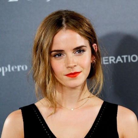 Emma Watson encourages women to vote in the upcoming U.S. election