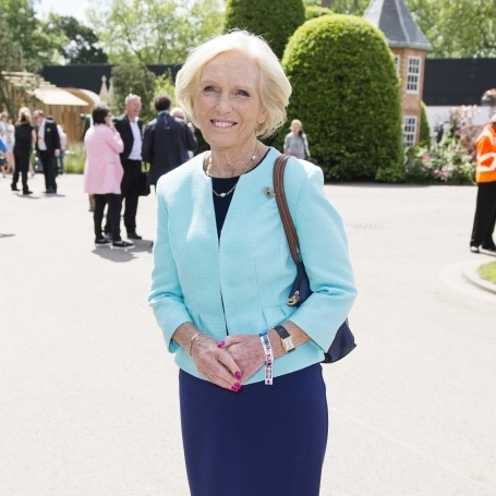 Mary Berry claims she has this one 'advantage' over Delia Smith