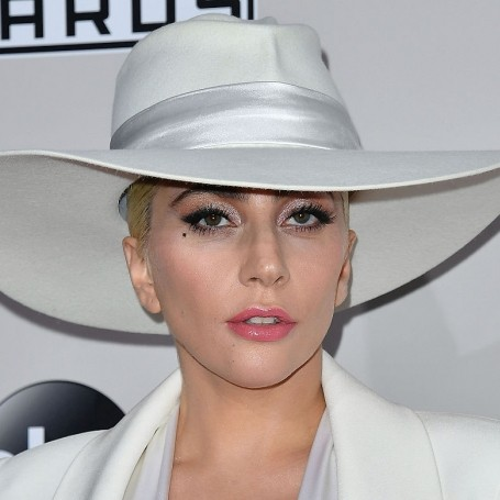 Lady Gaga breaks down in tears over the pressures of fame