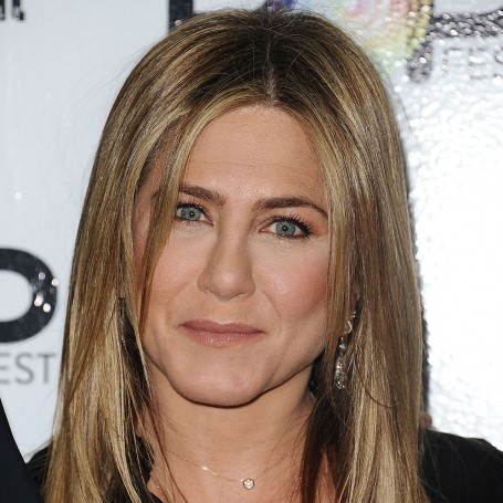 Jennifer Aniston Thinks Social Media Would Ruin A Friends Reunion