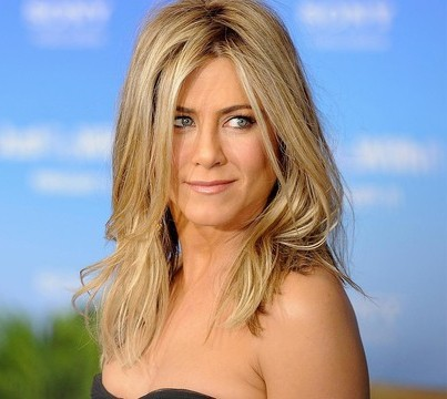 Jennifer Aniston reveals she's in the mile-high club