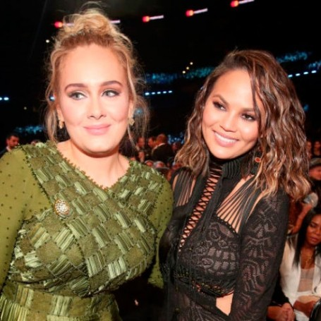 Chrissy Teigen's response to Beyonce and Adele at the Grammys was perfect