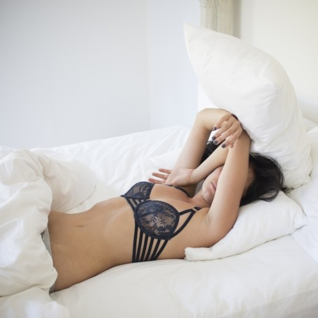 What actually happens if you sleep with your bra on?